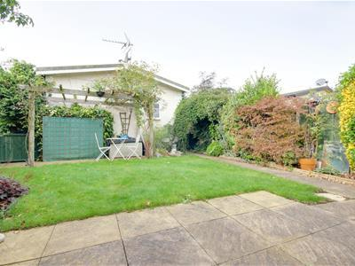 34 Holy Acre 6