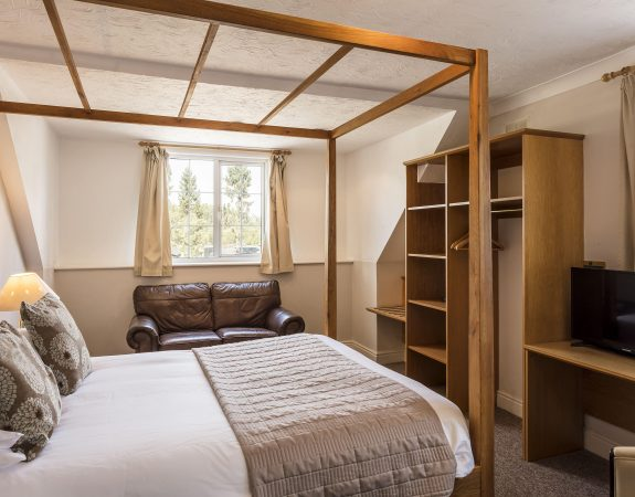 Hotel Room 5 min